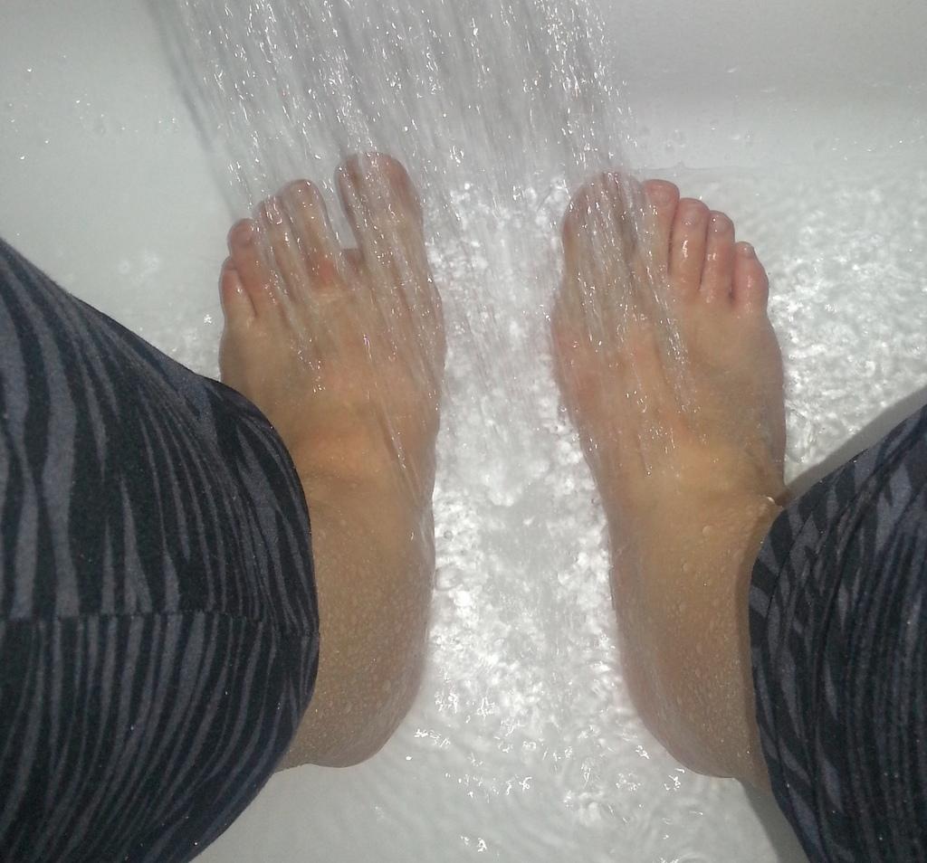 foot peeling holika holika